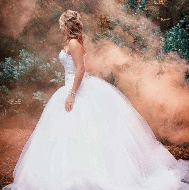 Beauty in White - Kim Hanieph